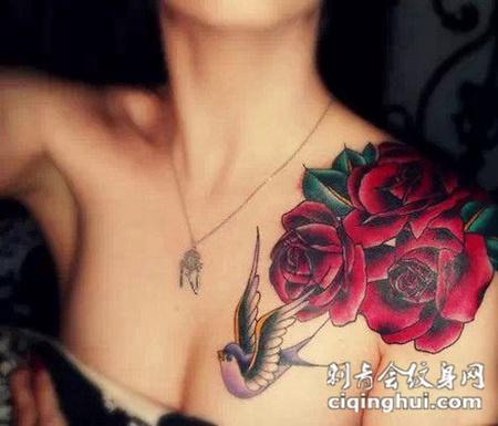 花朵纹身图片女生素材