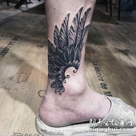 踏梦之翼,脚踝个性翅膀纹身