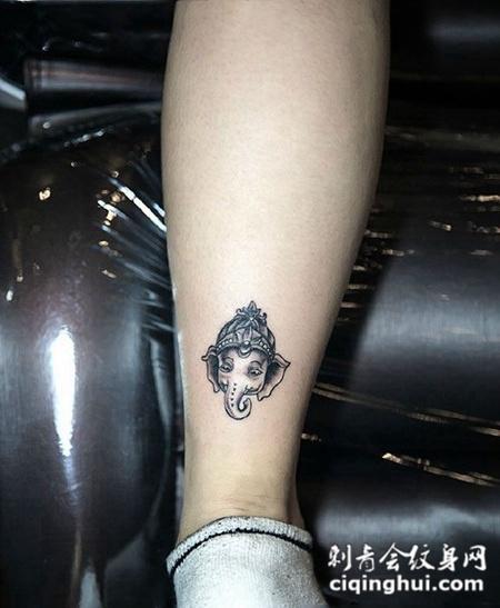 吉祥如意,腿部象神纹身图案