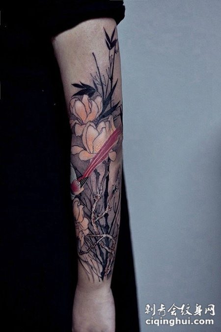兰质蕙心,手臂玉兰花纹身图案