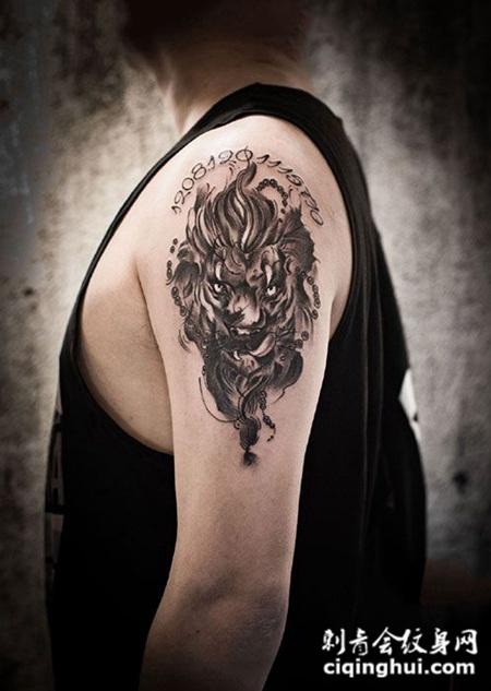 烈火雄狮,手臂狮子纹身图案