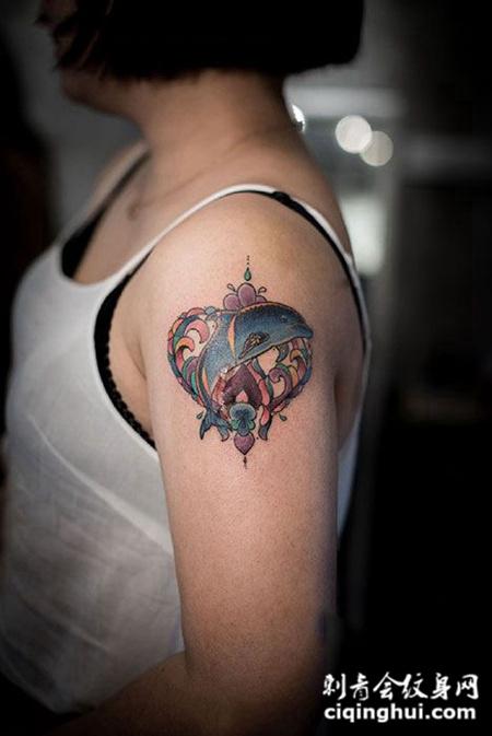 海的女儿,手臂海豚纹身图案