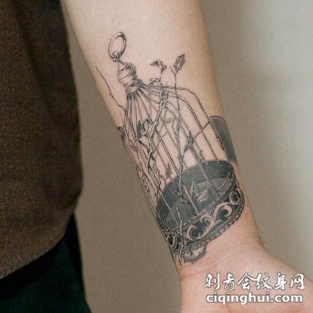 笼中之鸟,手臂个性鸟笼纹身图案