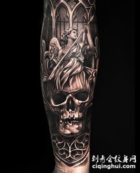 天使与恶魔,手臂黑灰天使骷髅纹身