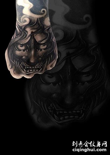 风中的恨意,手背般若个性纹身