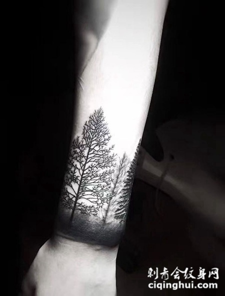 生命的轨迹,手腕树林图腾纹身图案