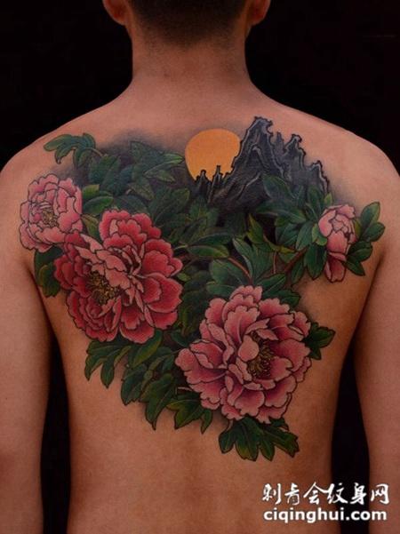 花开富贵,满背牡丹纹身