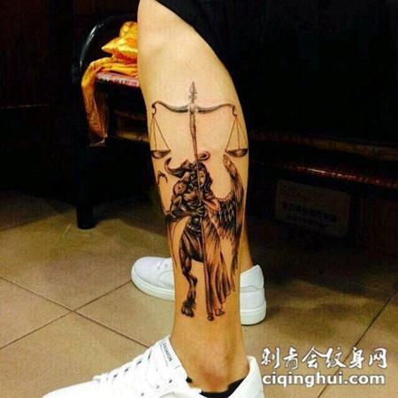 警世天平,小腿天使与恶魔个性纹身