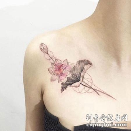 如果您喜欢现在这张莲,花中之君子也,锁骨莲花纹身,您可能还会喜欢出淤泥而不染,手臂莲花图腾纹身图案或者静待佛音,手臂佛前莲花个性纹身图案。 图片属性
