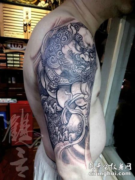 瑞兽的护佑,手臂唐狮子霸气纹身图案