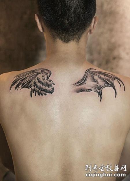 一念天使一念恶魔,后背个性翅膀纹身图案