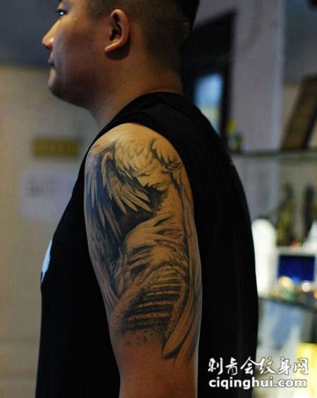 手臂纹身图案男 天使