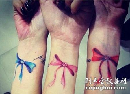 比手链更美的手腕纹身