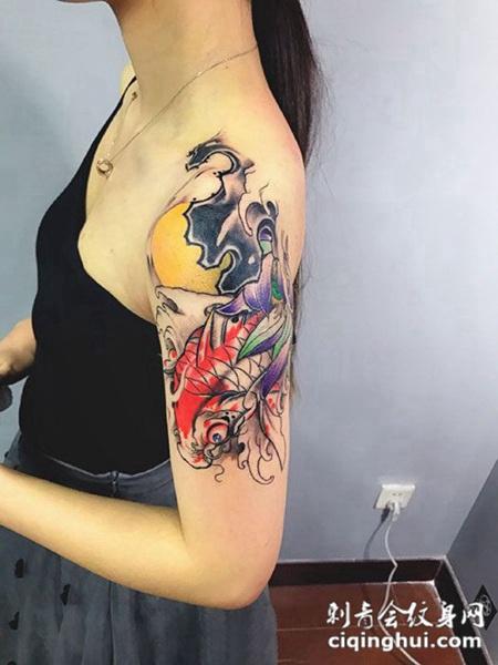 浪花鲤鱼,手臂彩绘鲤鱼纹身图案