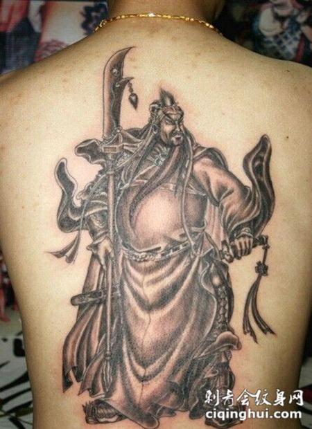 男生帅气满背关公纹身简单图案