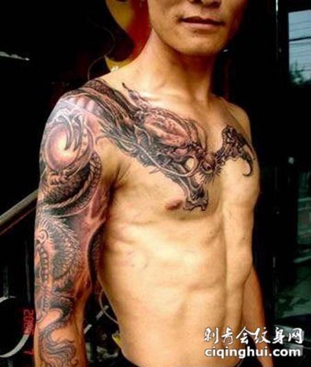 您可能还会喜欢情侣手部d龙纹身图案大全或者背部个性披肩双龙纹