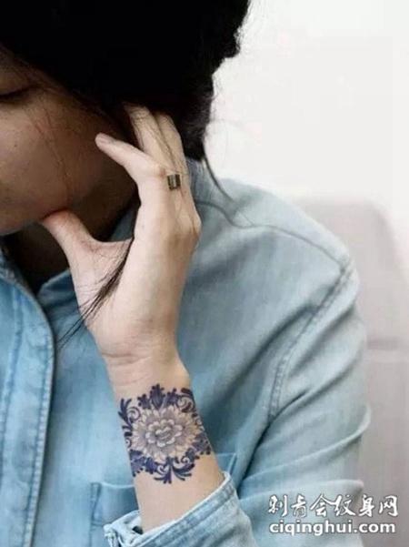 小纹身图片女生图案大全