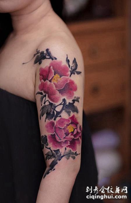 国色天香,手臂水墨牡丹花彩绘纹身