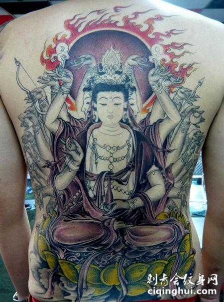 满背彩绘千手观音纹身图案