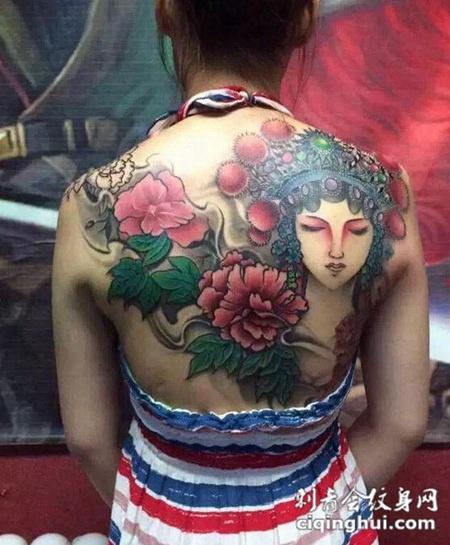 满背牡丹和花旦纹身图案