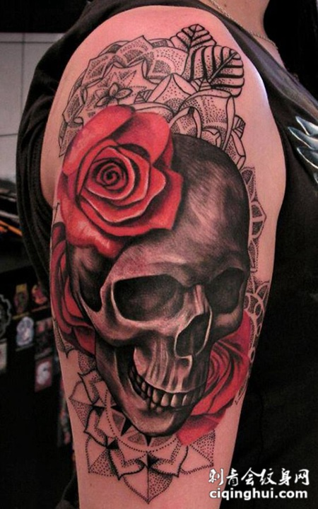 首页 纹身图案 其它 骷髅