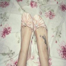 女生脚部好看的英文刺青纹身图案