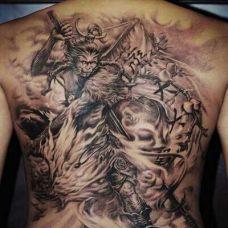 背部霸气齐天大圣纹身图案