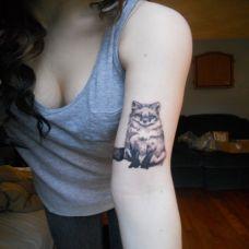 纹身图案狐狸女生图片