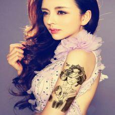 美女花臂花旦纹身图案