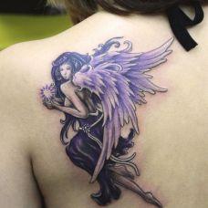 女生纹身天使图案素材