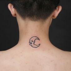 男生简单小图案纹身图片