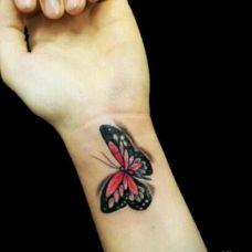 手臂d蝴蝶纹身小图案