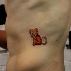 男性腰部可爱的小猴子纹身