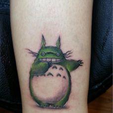 日本卡通人物龙猫纹身图片