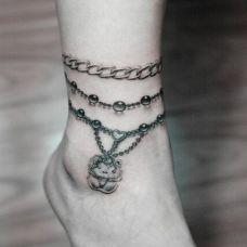 女生个性脚链纹身图片