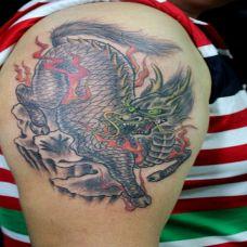 手臂麒麟纹身图案大全