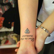 钻石纹身图案手腕图片