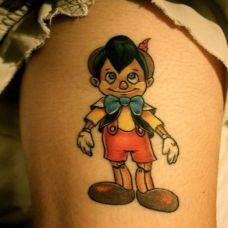 女生大腿匹诺曹动漫人物纹身图片