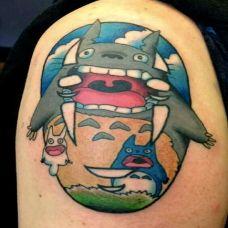 动漫人物龙猫纹身图片
