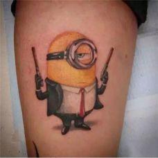 可爱的小黄人纹身图案