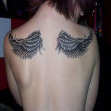 女生天使翅膀纹身图片