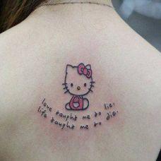 女士纹身字母图片个性素材