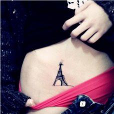 女生腹部巴黎埃菲尔铁塔唯美纹身