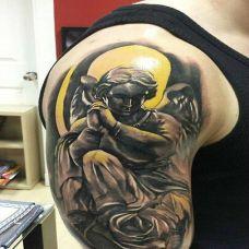 欧美纹身上臂图腾图案欣赏