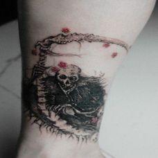 女生纹身死神图片素材