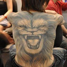 满背简单纹身图片合辑