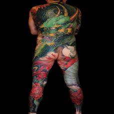 九天龙吟,满背霸气青龙彩绘纹身