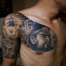 潮流超帅的纹身图案男生关公半甲图片