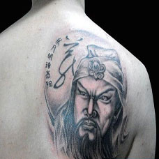 关公背部纹身图案图片霸气时尚