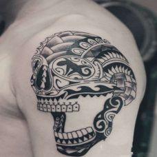 欧美手臂图腾纹身图片素材